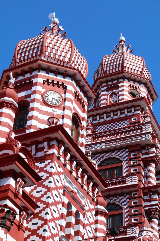 1 - REd Mosque Closeup
