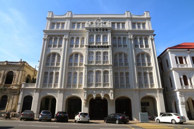 17 - Lloyd's Building 1908