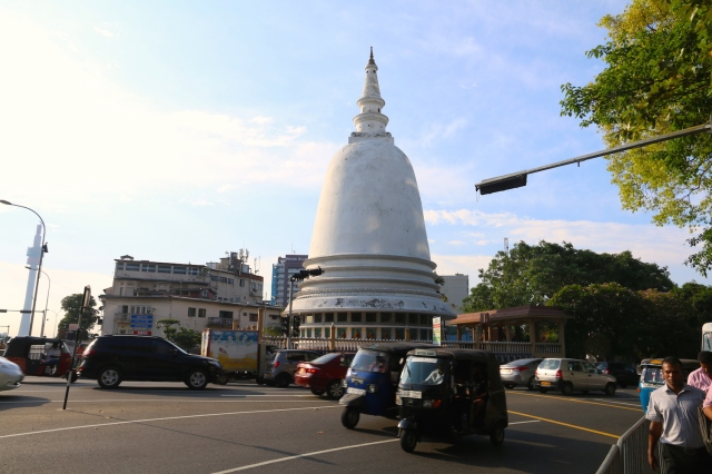 4 - Sri Sambuddhaloka Vehara