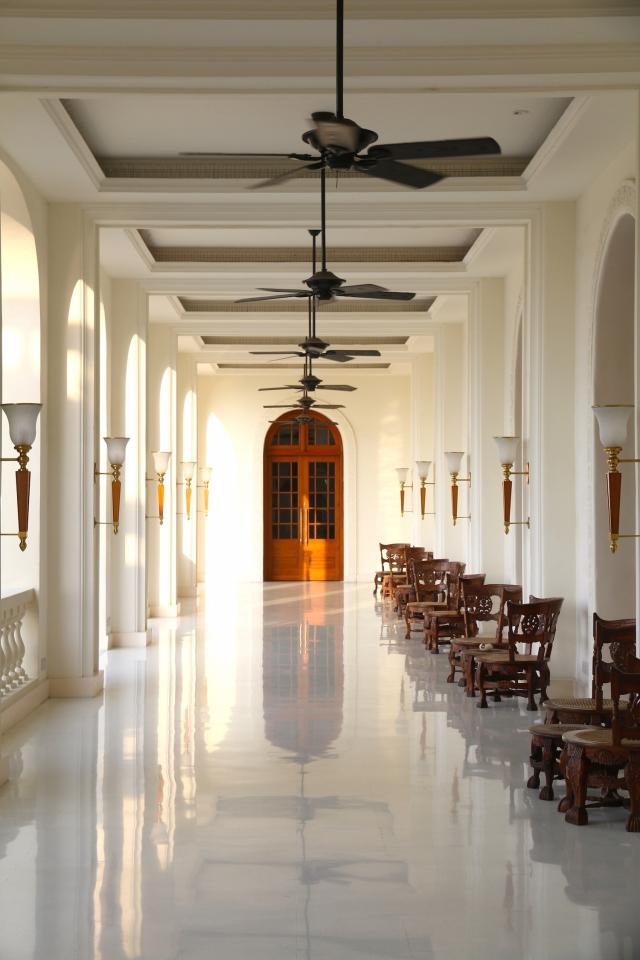 5 - Ante-lobby