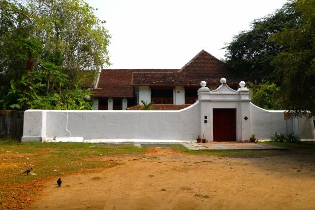 2 - Le Colonial exterior
