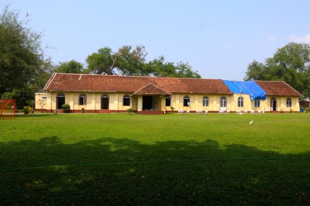 24 - Cochin Club