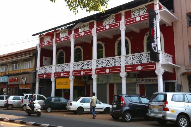 10 - Cremeux Teahouse