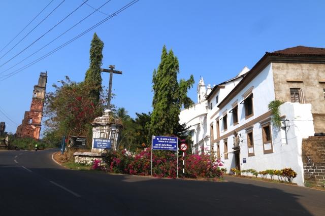 34 - Crossroads