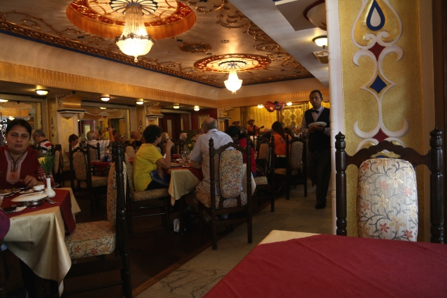 4 - Mandovi Restaurant