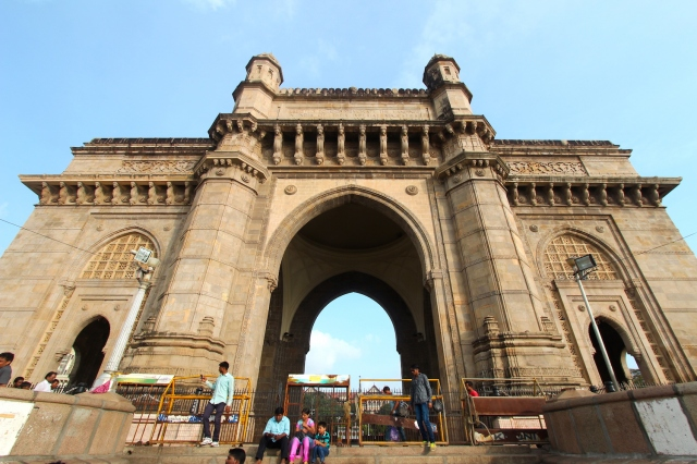 2 - Gateway to India