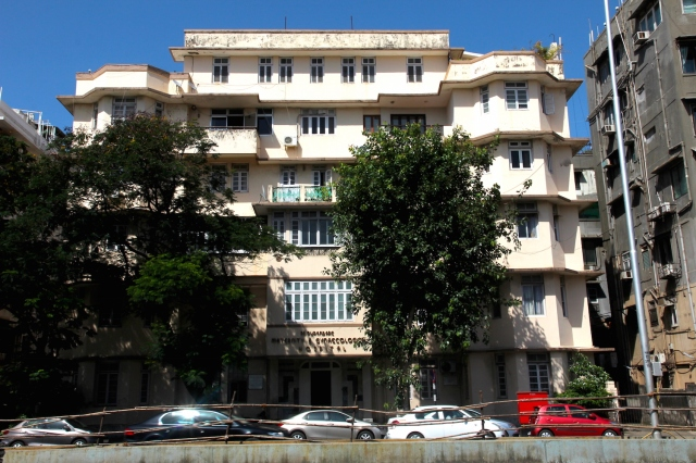 25 - Purandare Hospital Chowpatty Beach