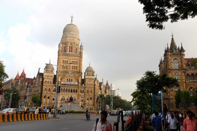 30 - Municipal Building