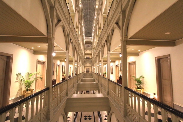11 - Corridor