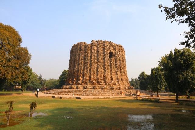 15 - Alai Minar