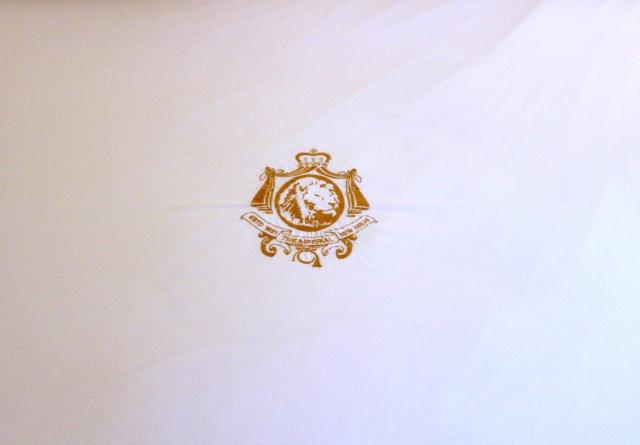 19 - Crest
