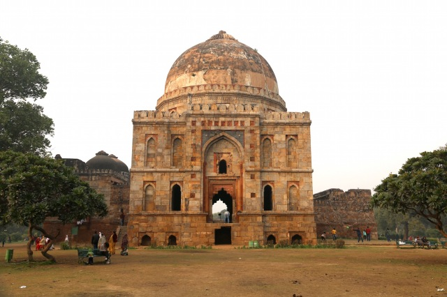20 - Bara Gumbad and Mosque