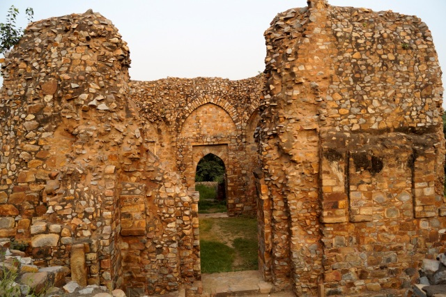 25 - Tomb_of_Balban,Mehrauli_Archaeological_Park,New_Delhi,India (1)