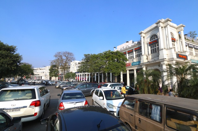 31 - Connaught Place Curve
