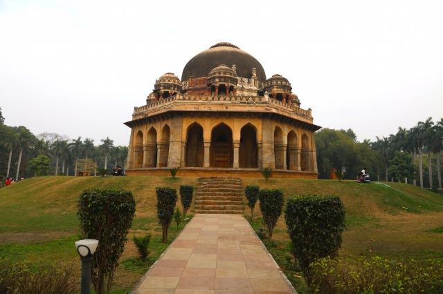 8 - Lodi Gardens Tomb I