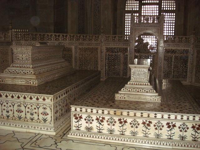 14 - Persian_prince_tomb_taj_mahal