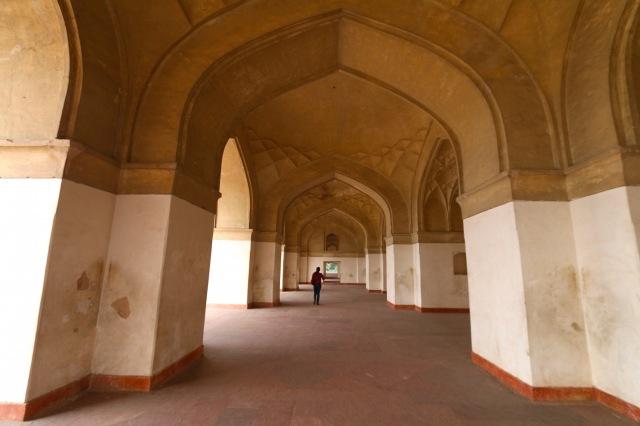 16 - Side Chambers