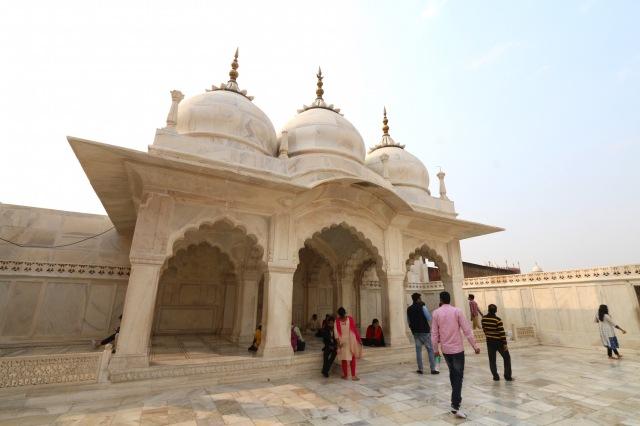 17 - NAgini Masjid