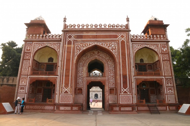 19 - Entrance to Baby Taj