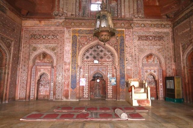 24 - Jami Masjid mihrab