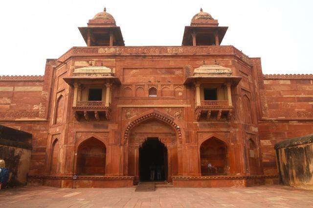 28 - Jodhbais Palace