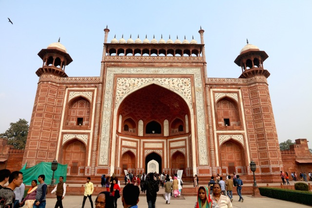 3 - Entrance to Taj