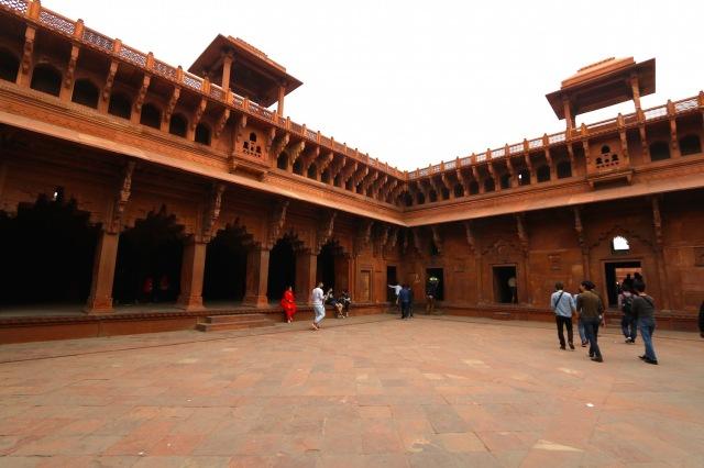 5 - Jahangiri Mahal interior
