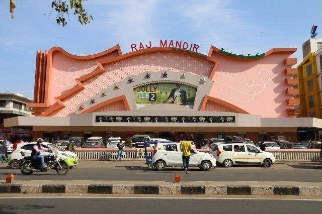 17 - Raj Mandir