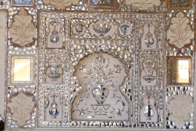 20 - Sheesh Mahal Detail