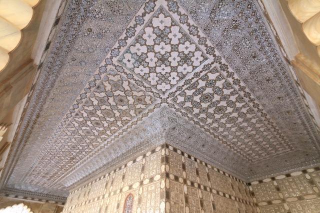 21 - Sheesh Mahal Ceiling