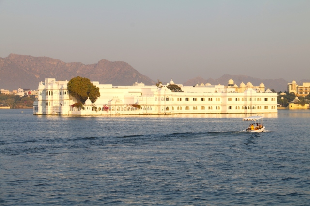 20 - goodbye lake palace