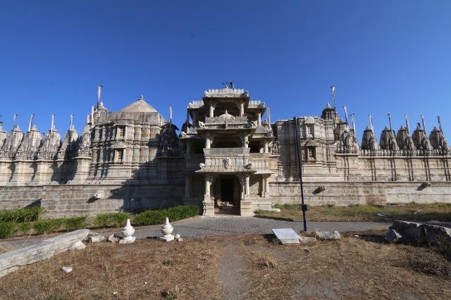 32 - jain temple rannakpur