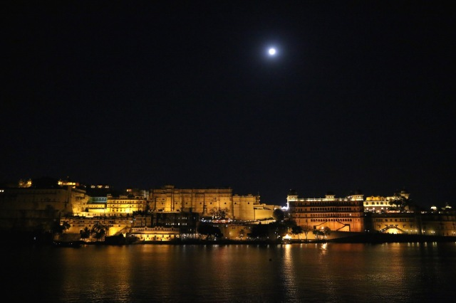 7 - city palace night