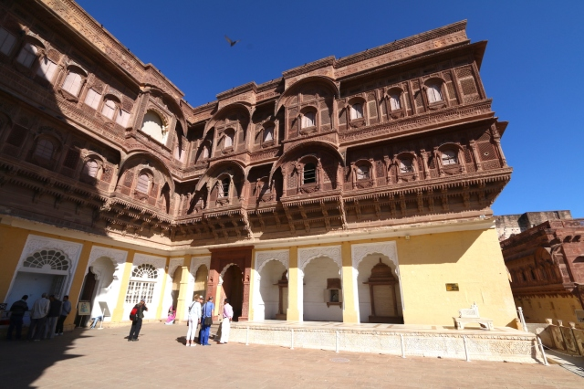 11 - Upper terrace