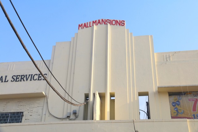 14 - Mall MAnsions