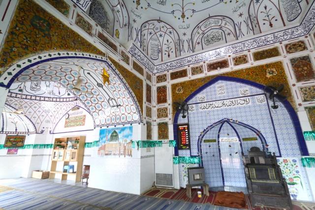 16 - Mihrab Dai Anga