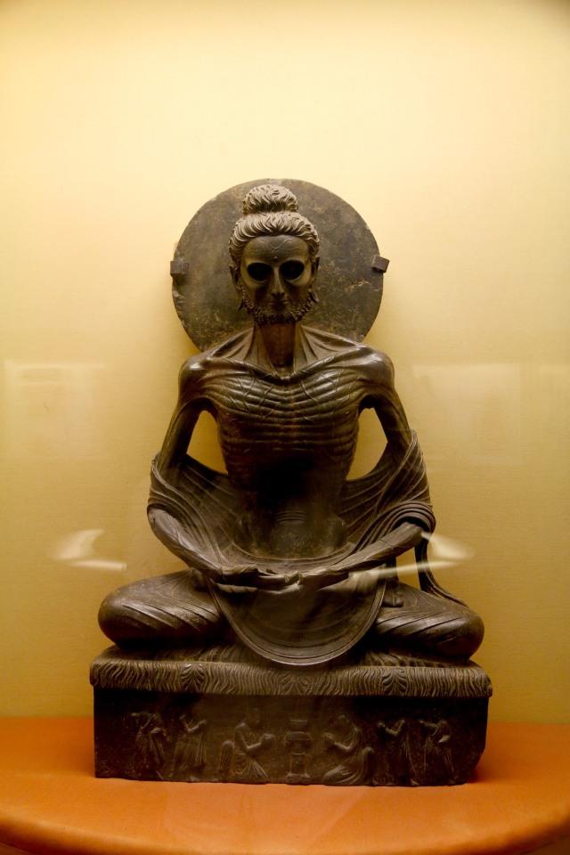 24 - Gandhara Buddha