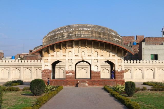 27 - Bangla Style roof