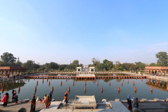 31 - Panoramic View