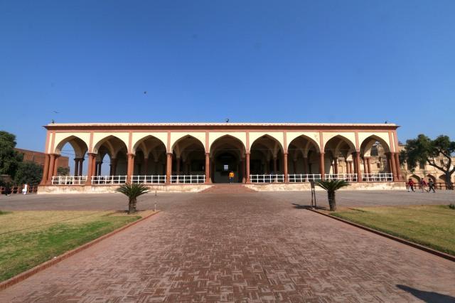 36 - Diwan-e-am Shah Jahan
