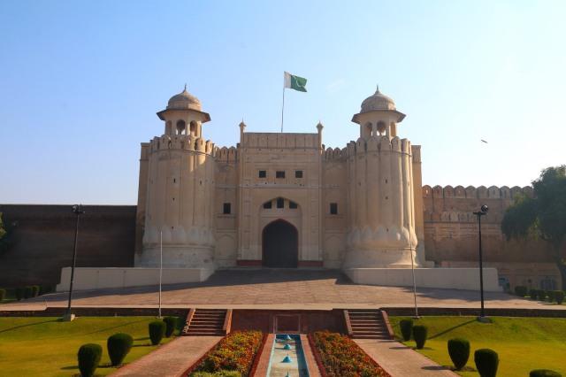 37 - Alamgiri Gate Jahangir