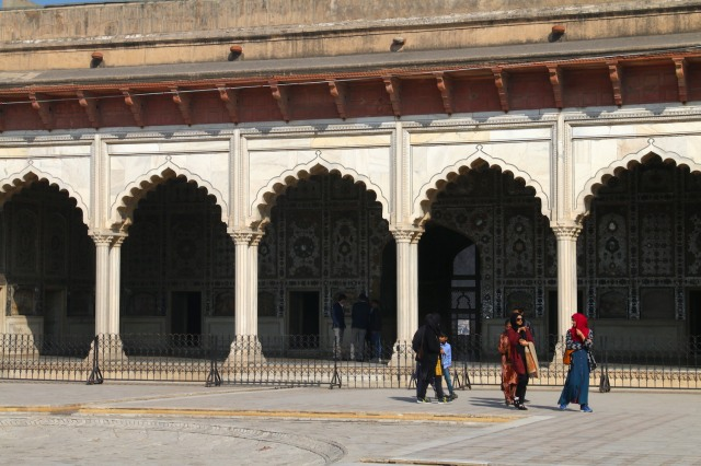 4 - Lahore Fort Family