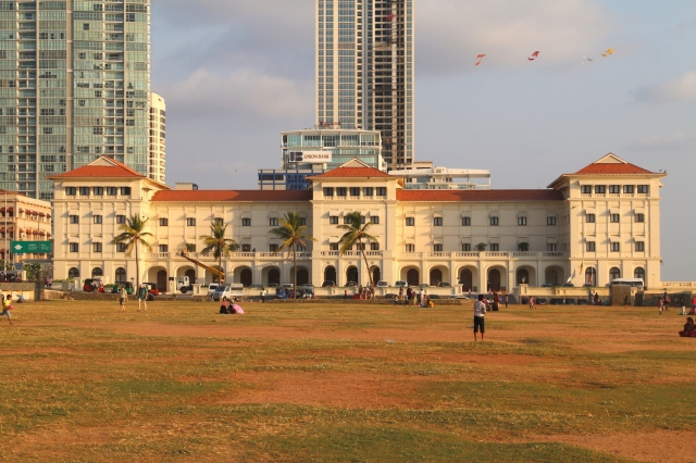 25 - Galle Face Once More