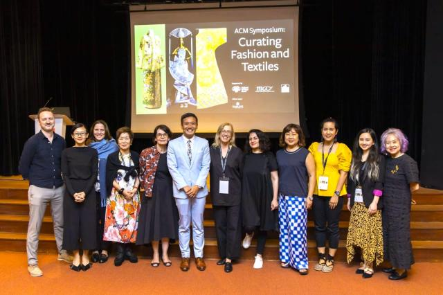 24 - Fashion Symposium