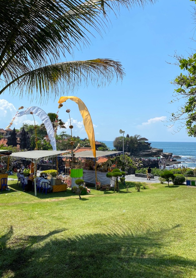9 - FEstival at Tanah Lot